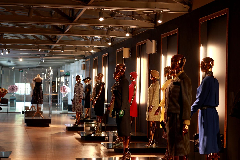Christian Dior i ikony paryskiej mody - prywatna kolekcja Adama Leja